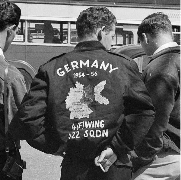 Tendances mode bomber 1950