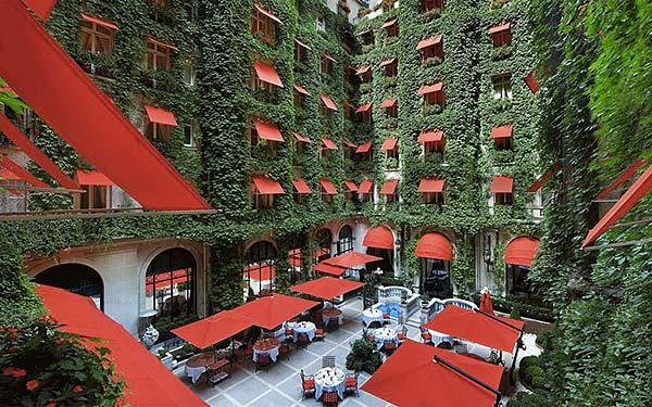 Tendance futur green palace Plaza