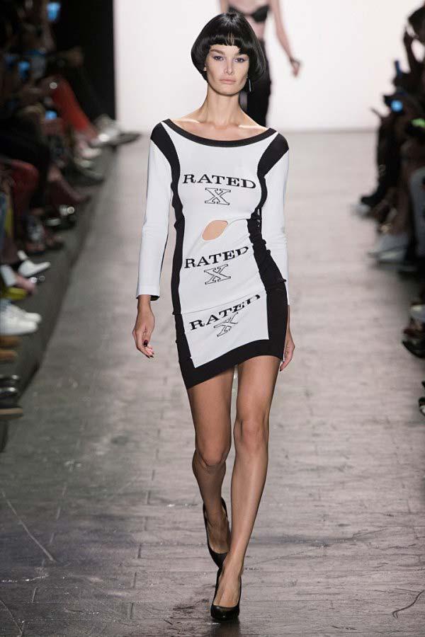 tendances mode vêtements qui parlent Jeremy Scott