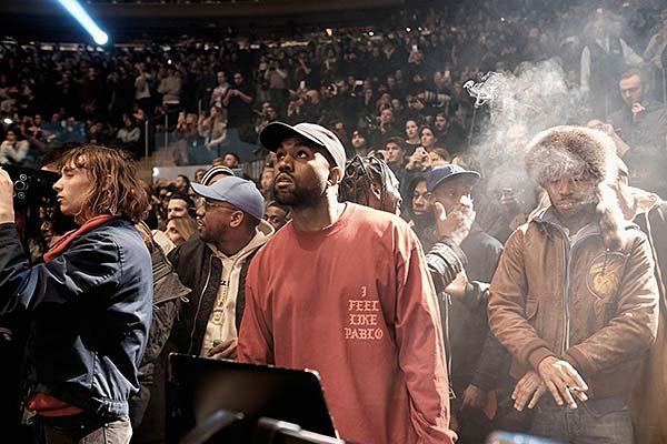 tendances mode vêtements qui parlent Kanye West