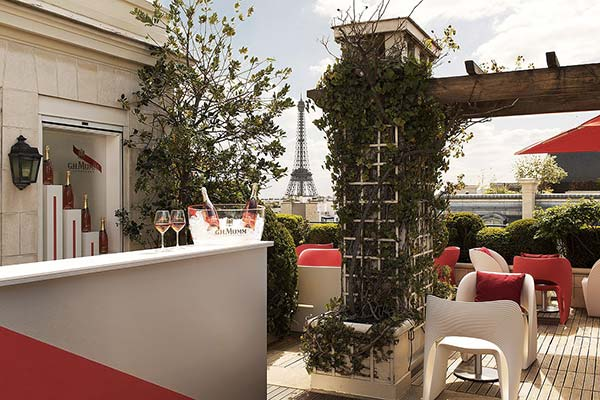 tendances luxe terrasse champagne hôtel Mumm Raphaël