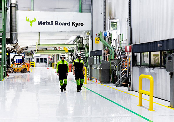 En Finlande, chez Metsä Board.