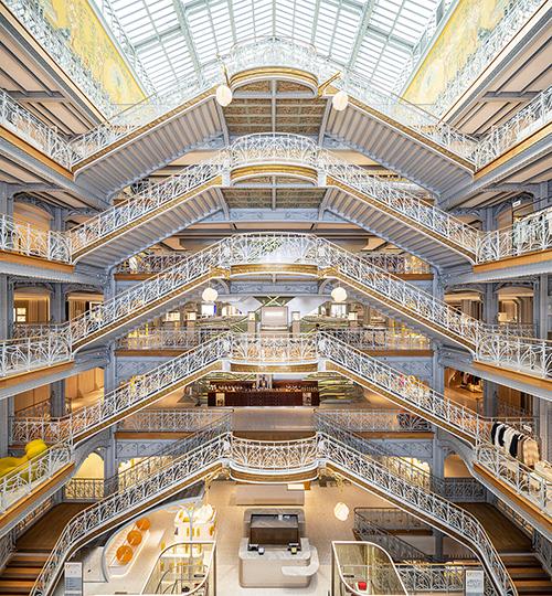 La Samaritaine, à l'espace beauté réalisée par Malherbe Paris, nouvelle étape du shopping expérientiel.